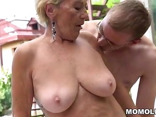 Granny flimsy pussy on young dick