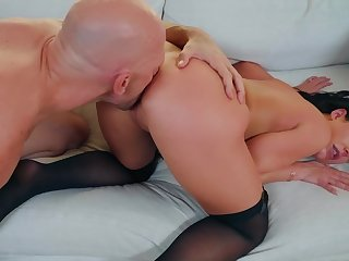 Mature wife handles huge dick more top-drawer modes