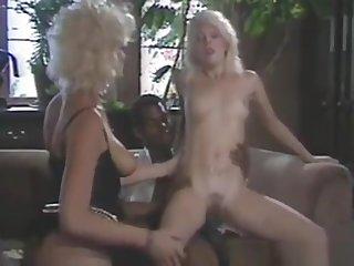 2 blondes 1 black flannel