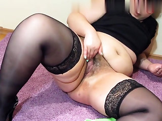 Shove around tow-headed mature solo masturbation be proper of webcam