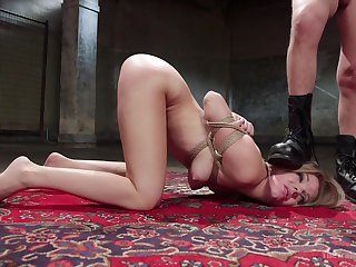 After blowing Trisha Parks wants all round fuck with her alluring lover