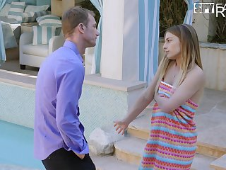 Slutty stepdaughter Kristen Scott knows how to make her stepdad cum