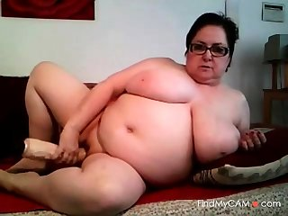 Big Boobs Mature Play With Disparaging Dildo