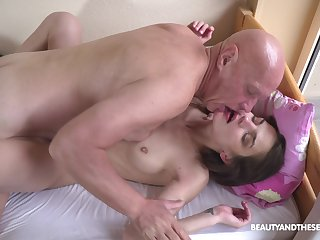 Petite girl leaves grandpa to fuck her cherry a infrequent patrolling