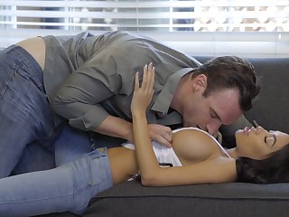 Big-boobed pulchritude Shay Evans gets taken to pound metropolis and loves well-found